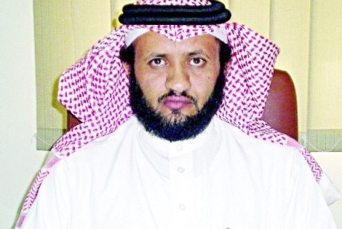 """الامير خالد الفيصل يشكر مدير طوارئ"""" صحة الطائف"""""""